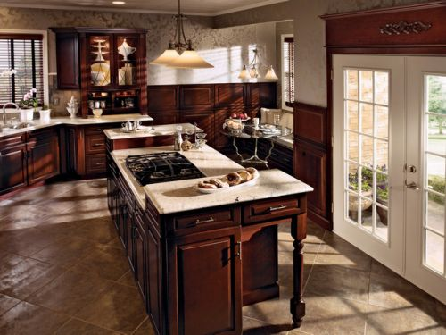 Cherry_in_Burnished_Cabernet_Kitchen.jpg